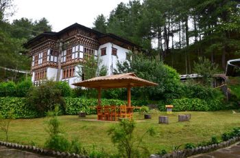 Rinchenling Guest House